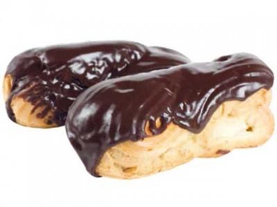 Пирожное Эклер с шоколадно-сливочным кремом